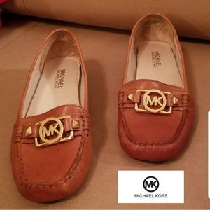 🆕️Michael Kors Leather Loafers